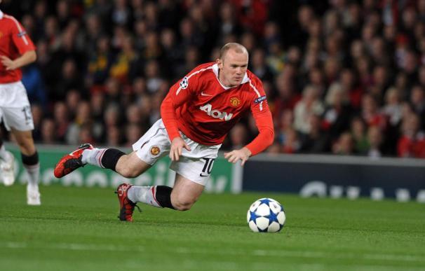 Rooney firma un nuevo contrato que le vincula al Manchester United hasta 2015