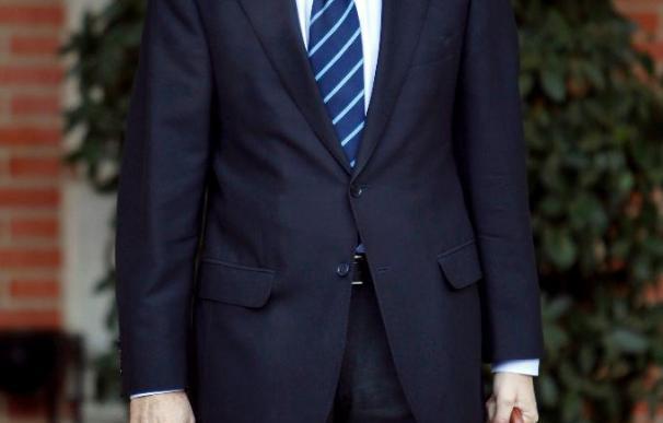 Rubalcaba cree que no es el momento de hablar sobre si sucederá a Zapatero