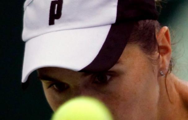 María José Martínez gana a Cibulkova y se medirá en semifinales del torneo de Moscú a Azarenka