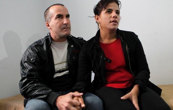 Llegan a Madrid los 3 primeros disidentes excarcelados que no pertenecen al Grupo de los 75