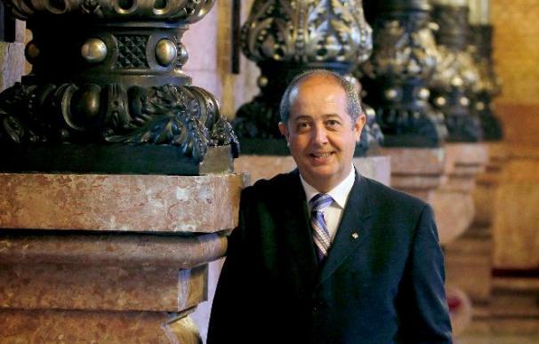 Puig denuncia que Saura dejó gastos no presupuestados por 20 millones de euros