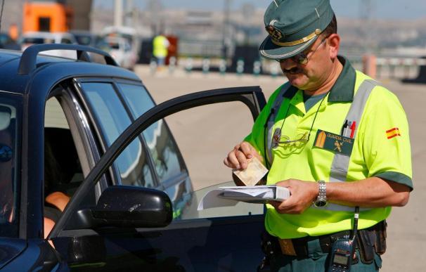 El Gobierno recaudó más de 1.322 millones en multas de tráfico entre 2008 y 2010