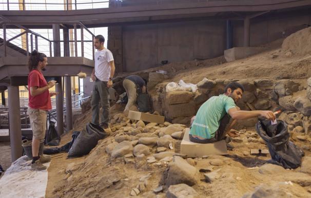 """Los inéditos hallazgos en la Cueva Pintada la sitúan como punto de """"origen de la nueva sociedad canaria"""""""