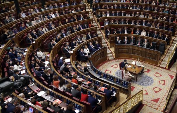 Constitucionalistas discrepan sobre si Rajoy está obligado a acudir a una sesión de investidura
