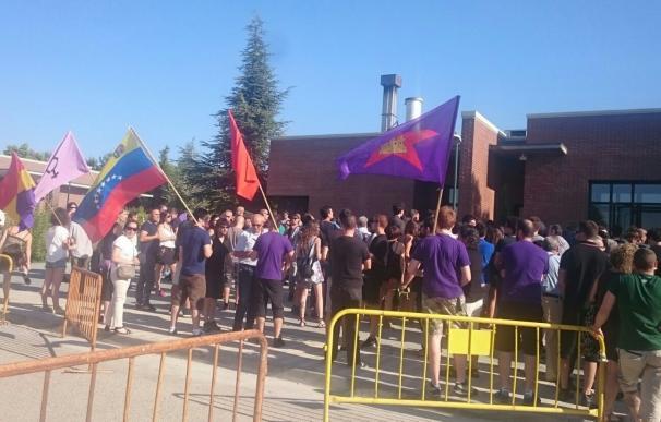 Cientos de familiares, amigos y compañeros despiden en Valladolid a Doris Benegas