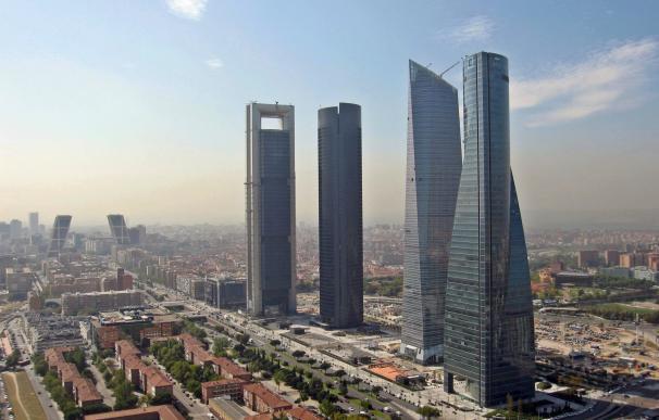 La City de Madrid, Carmena, Cifuentes y Guindos tratan de convencer a las empresas