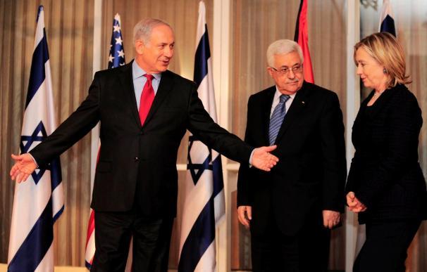 Netanyahu pide a Abás que no abandone el proceso de paz