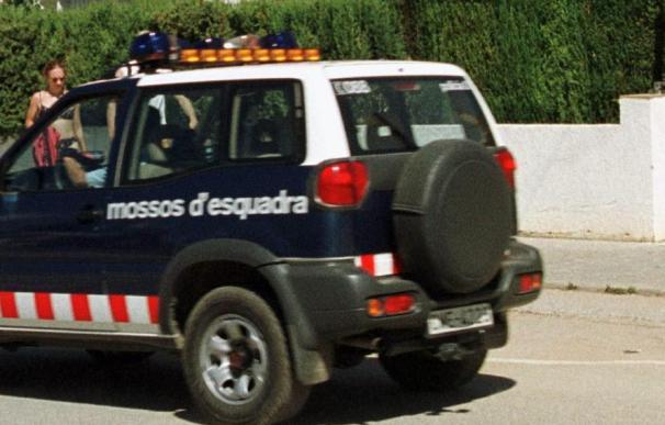 El cadáver de una mujer apareció descuartizado en un congelador en Sant Pere Pescador