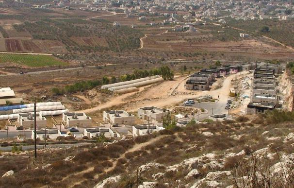Los colonos judíos reinician la construcción en la Cisjordania ocupada