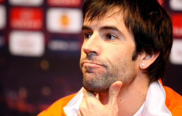El jugador del Valencia Albelda cree que el Manchester no es el favorito de este partido