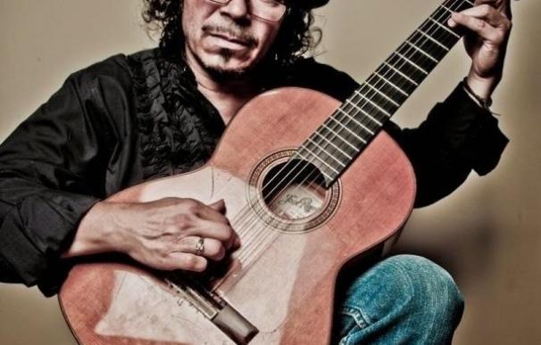 Raimundo Amador cierra mañana un mes de música en los Jardines de Viveros