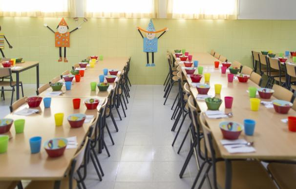 Valencia aumenta en más de 10 millones las becas de comedor escolar para el curso 2016-2017