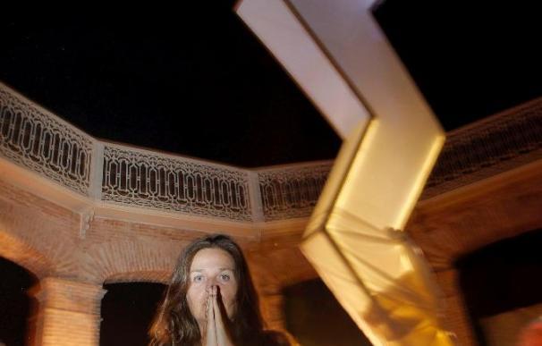 Ouka Leele comienza el montaje de su homenaje a Santa Bárbara en Valencia