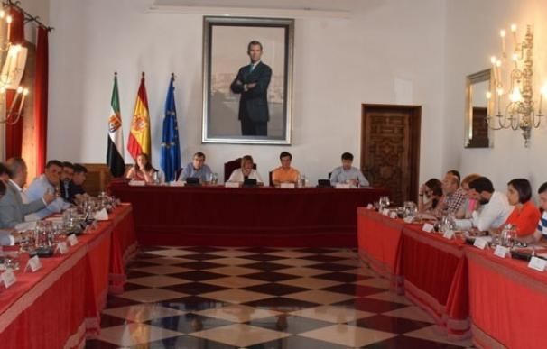 El Pleno de Diputación de Cáceres aprueba cerca de dos millones en ayudas a municipios y entidades locales menores
