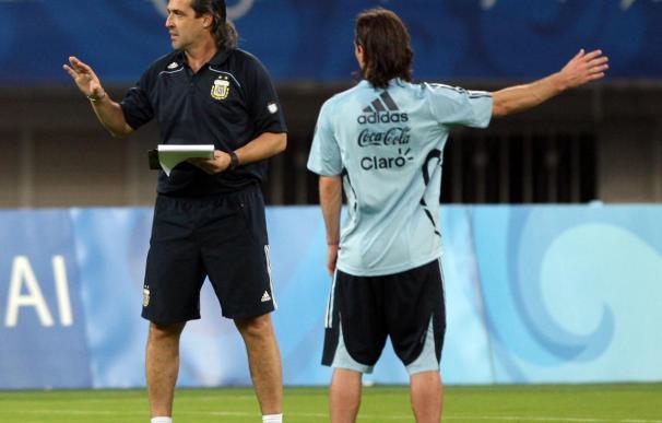 El seleccionador Batista convoca al lesionado Messi para el amistoso contra Japón