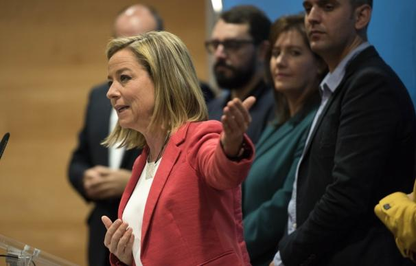 """Oramas (CC) critica que Rajoy haya dejado """"en el aire"""" su investidura"""