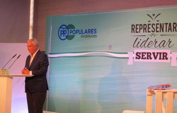 """Arenas (PP) pregunta a Sánchez y Rivera """"cuánto tiempo quieren a España sin gobierno"""""""