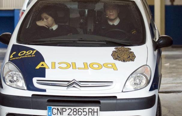 La Policía ve indicios de violencia machista y busca a la pareja de la fallecida en Oviedo