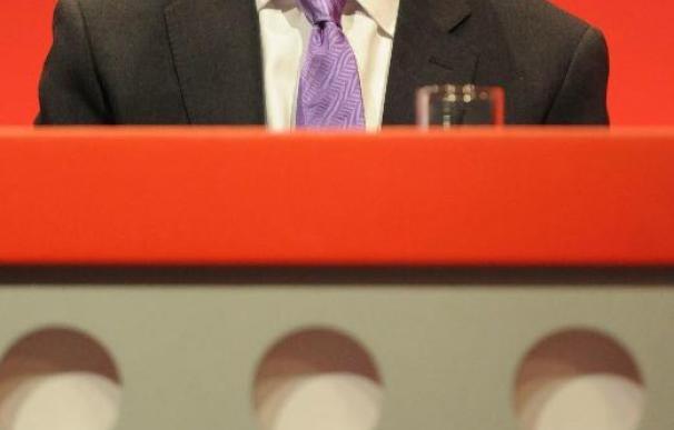 El Congreso laborista británico comienza con una ovación a su nuevo líder