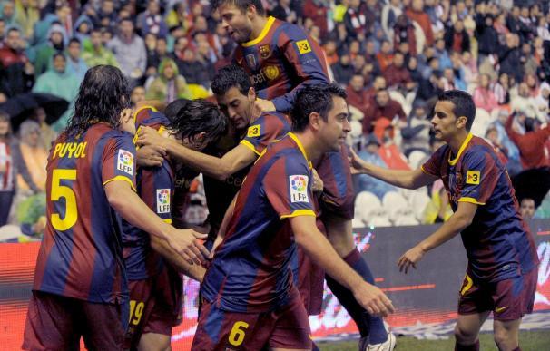 1-3. El Barcelona impone su ley tras expulsión de Amorebieta