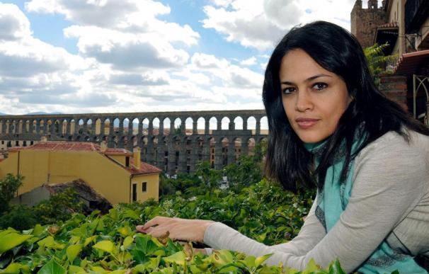 La escritora india Tishani Doshi refleja el cruce de culturas en una novela