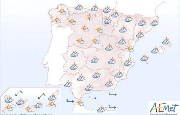 Mañana, intervalos nubosos y posibles precipitaciones débiles