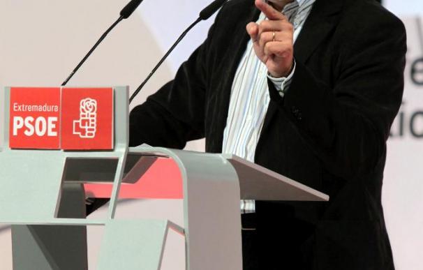 Blanco critica la oposición a las reformas y dice que Rajoy no está para dar lecciones