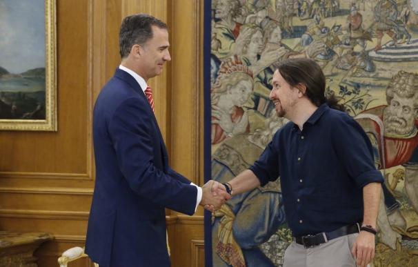 Pablo Iglesias ve muy complicada una alternativa a Rajoy y cree que C's y PSOE se moverán para dejarle gobernar