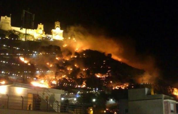 Condenado a un año y nueve meses de prisión el exalcalde de Cullera por el incendio causado por unos fuegos artificiales