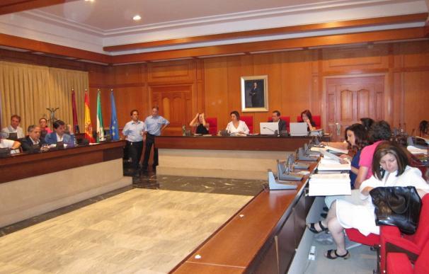El Pleno del Ayuntamiento acuerda retirar del orden del día la liquidación del Consorcio de Turismo