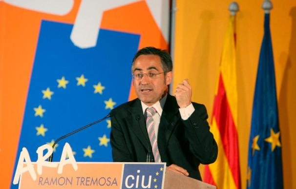CiU evita desautorizar a Tremosa, que insiste en relacionar Montilla y Franco