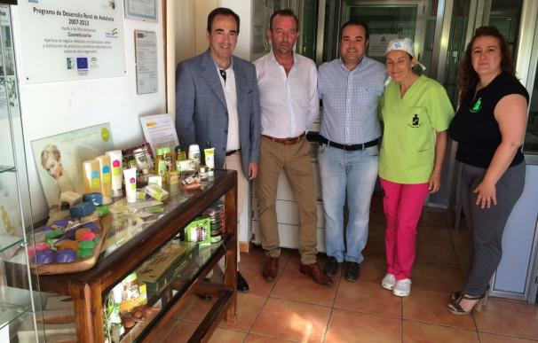 La Junta aborda con CosméticaOlivo nuevas vías para seguir innovando con el aceite de oliva virgen extra