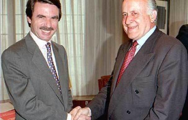 Así cerraron Aznar y Rajoy el pacto del 96 con CiU y PNV, mientras Trillo ganaba tiempo para negociar