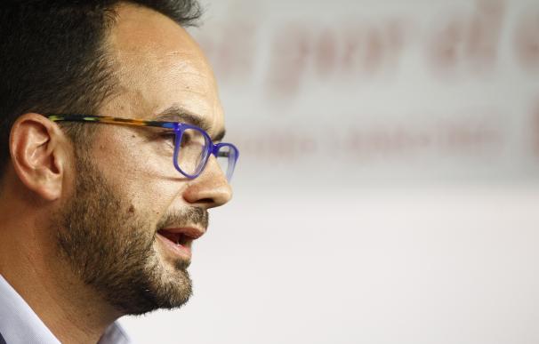 """El PSOE espera que Rajoy no dé mañana """"la tercera espantada"""" tras citarse con el Rey: """"A la tercera va la vencida"""""""