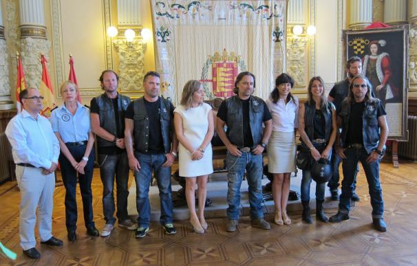 'Sin Riders' concluyen hoy en Valladolid su gira por España para recalcar la incompatibilidad de alcohol y conducción