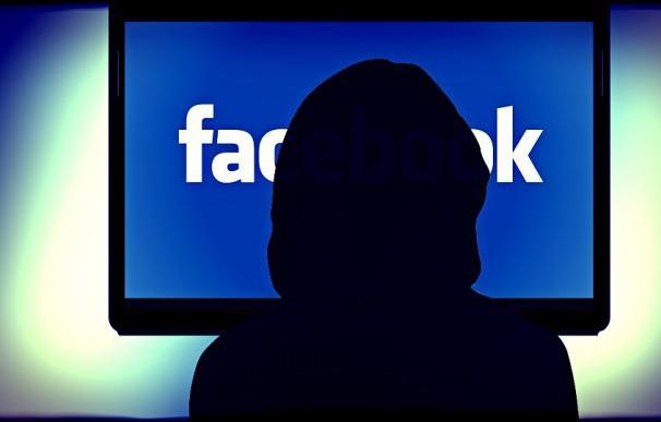 ¿Cómo averiguar si alguien entra en tu cuenta de Facebook?