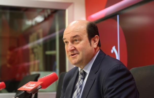 """Ortuzar insiste en que el 'no' del PNV a Rajoy es """"inamovible"""" y descarta participar en una """"abstención colectiva"""""""