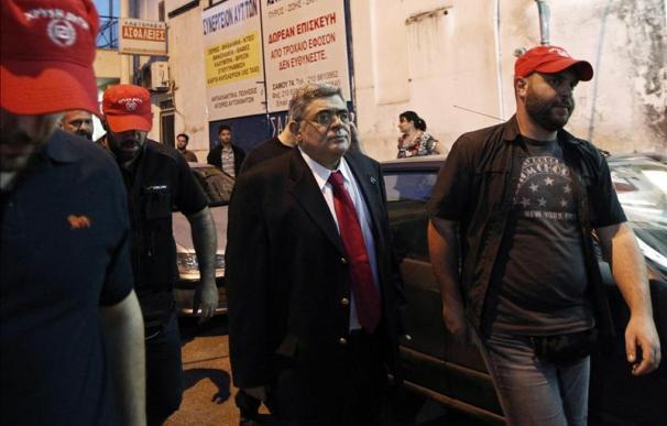 El partido neonazi llega por primera vez al Parlamento griego, según los sondeos