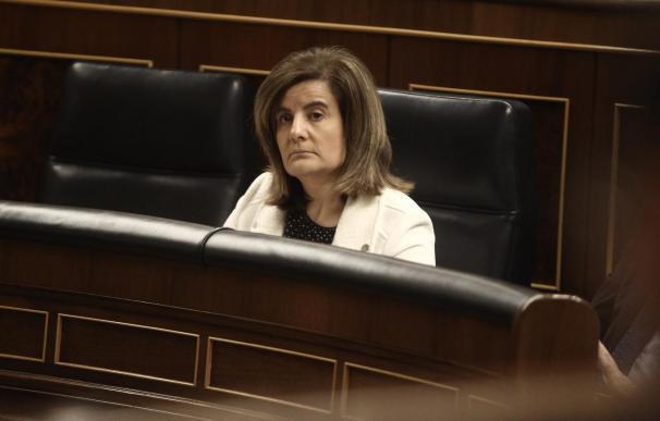 Báñez dice que trabaja para que los jóvenes tengan oportunidades en España
