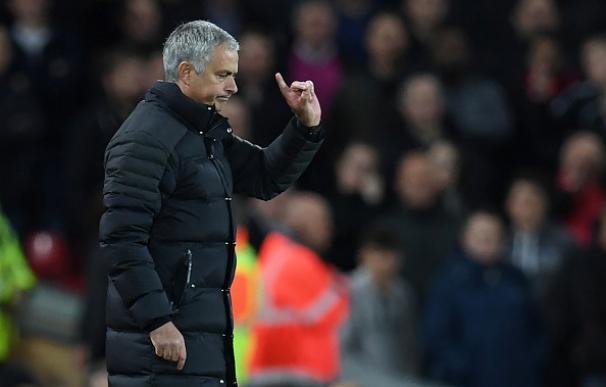 La Federación Inglesa estudia sancionar a Mourinho por mala conducta
