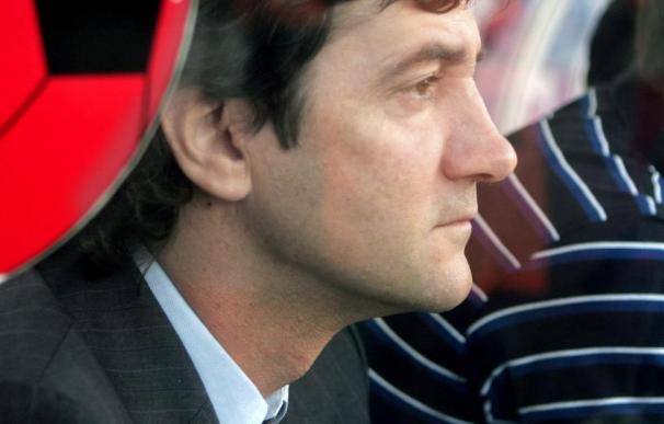 José Mari Bakero niega que le dictasen las alineaciones en Polonia Varsovia