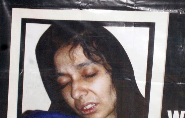 Condenan a una científica pakistaní a 86 años de prisión por tratar de matar estadounidenses