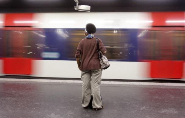 Francia vive su quinta huelga por las pensiones con menor participación