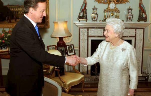 """El Gobierno británico """"arrebata"""" a la monarquía el control de sus finanzas"""
