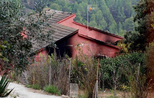 Muere un menor en un incendio en una casa de Els Hostalets de Pierola
