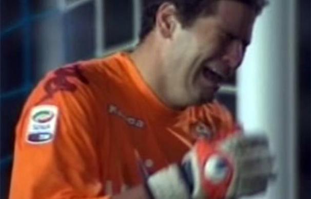 Lágrimas y grave lesión para el portero del Roma Julio Sergio