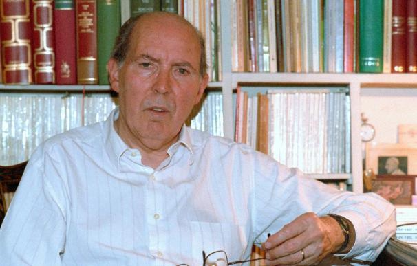 Muere, a los 89 años, el poeta y pedagogo catalán Joan Triadú