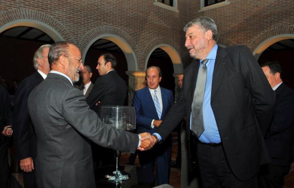 """Fidalgo cree que España necesita una reactivación """"fuerte"""" no sólo económica"""