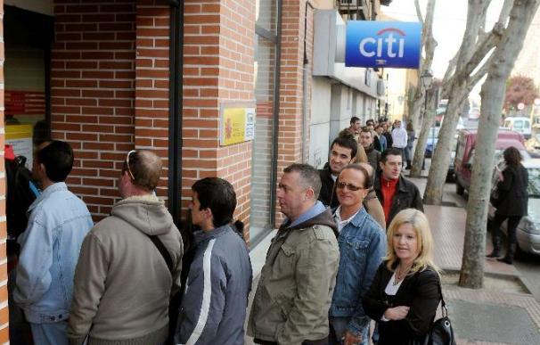 El Banco de España cree que el paro aumentará el 9,4 por ciento en el tercer trimestre