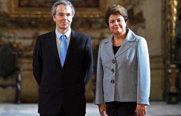 ousseff regresa anticipadamente a Brasil con su deseo de ayudar a Portugal